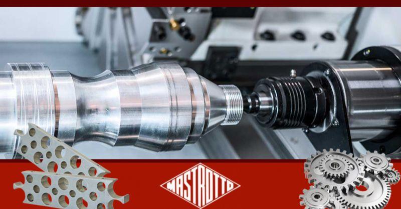 Offerta Lavorazioni Tornitura Statica Vicenza - Occasione Meccanica di Precisione Maschiatura Filettatura